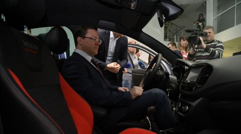 Губернатор Самарской области Дмитрий Азаров оценил Lada Vesta Sport
