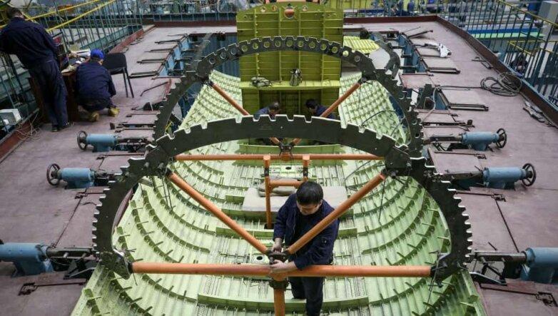 Производство модернизированных Ту-160 на Казанском авиационном заводе, самолёт