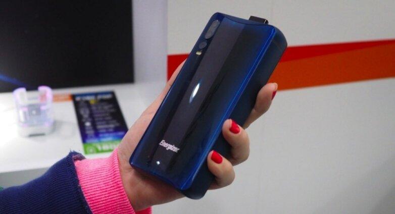 Смартфон Energizer с батареей 18 000 мАч