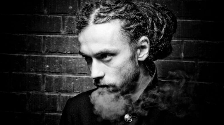 Рэпер Кирилл Толмацкий (Дэцл) умер в возрасте 35 лет