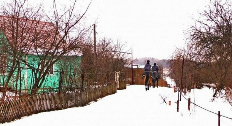 Конная полиция, зима, снег