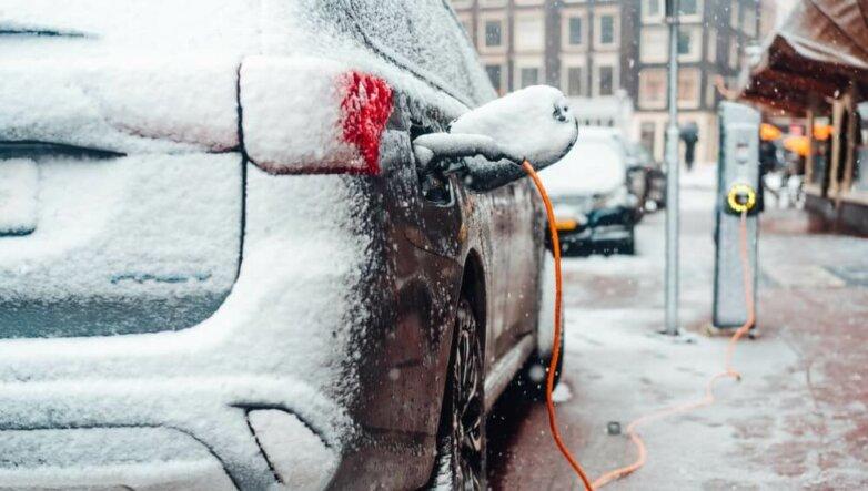 Электрокар, электромобиль, машина, автомобиль, зарядка, зима