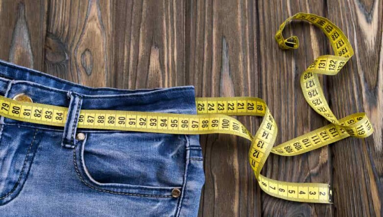 Сантиметр, талия, лишний вес