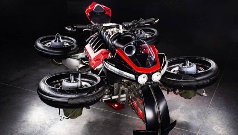 Летающий мотоцикл Lazareth LMV 496