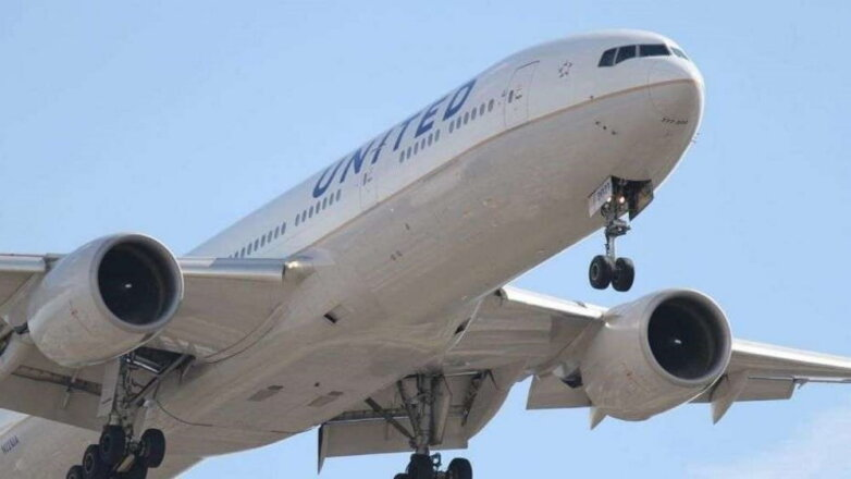 Самолёт Boeing 737 компании United Airlines