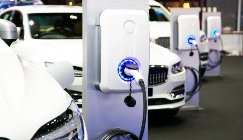 Электрический автомобиль, зарядка