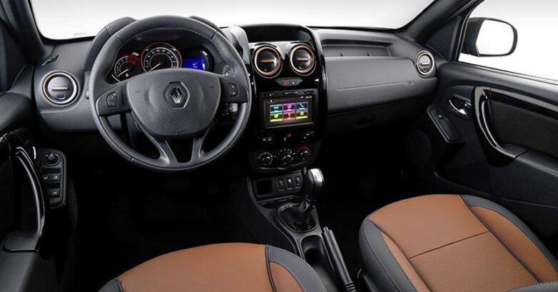 Салон Renault Duster с вариатором