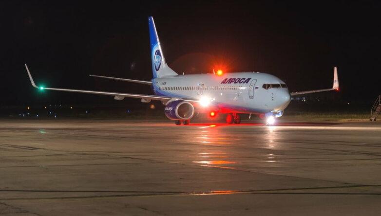 Boeing 737-800, «АЛРОСА», самолёт
