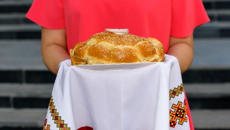 Хлеб да соль, приветствие, добро пожаловать