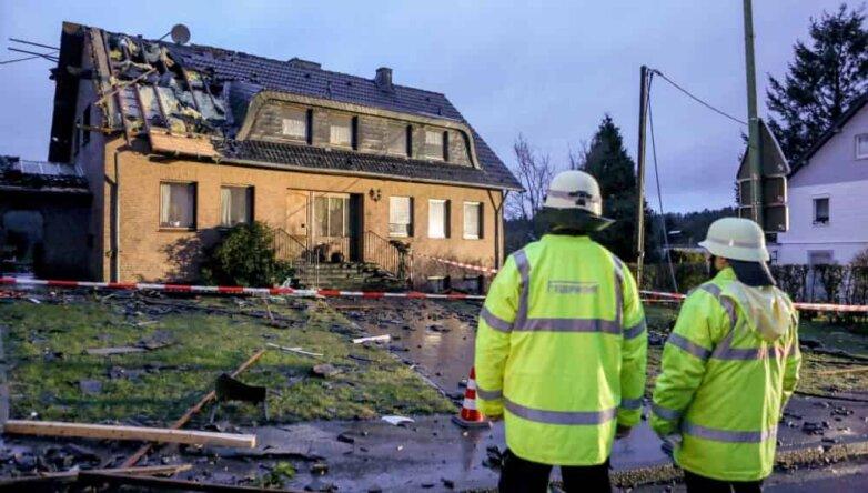 Последствия торнадо в Германии