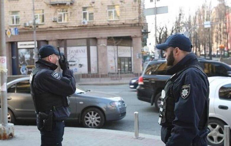 В Киеве усилили патрулирование улиц