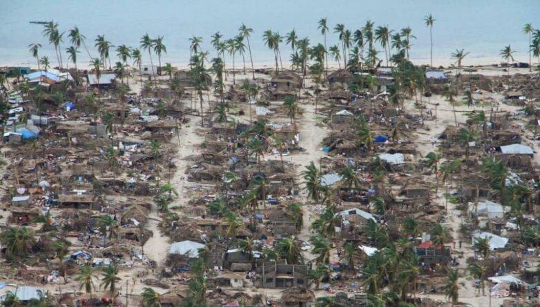 """Тропический шторм """"Кеннет"""" в Мозамбике"""
