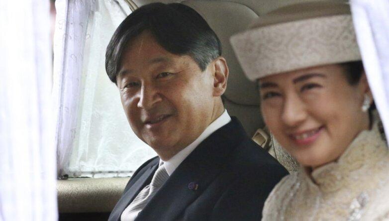 Император Японии Нарухито с женой Масако