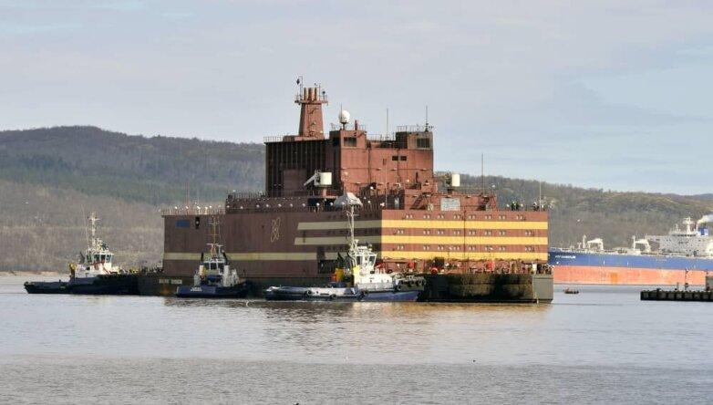 Плавучий атомный энергоблок «Академик Ломоносов»