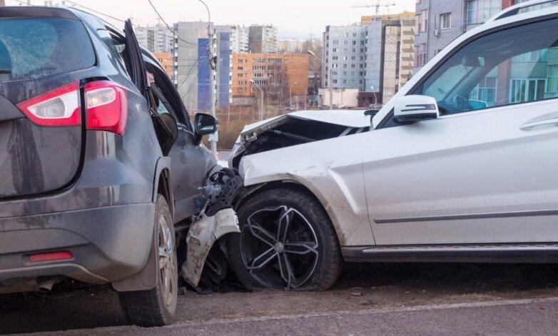 ДТП авария автомобили