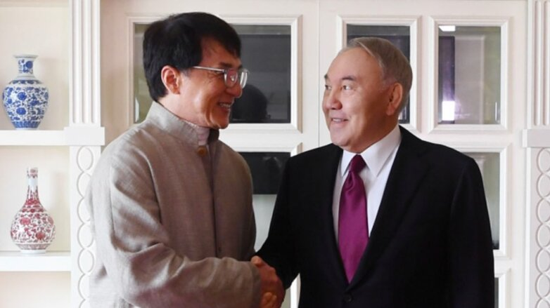 Назарбаев встретился с Джеки Чаном