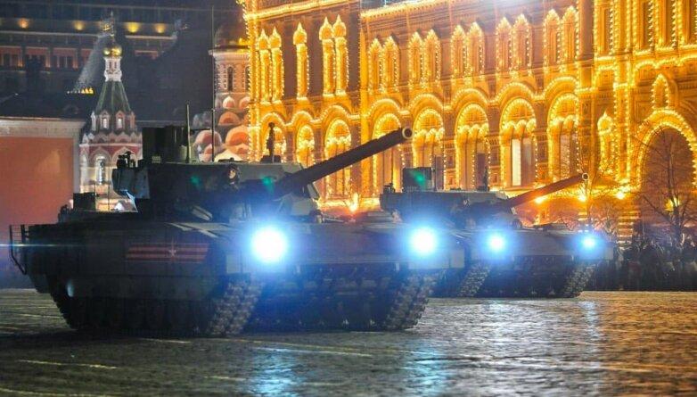 Ночная репетиция военного парада в Москве