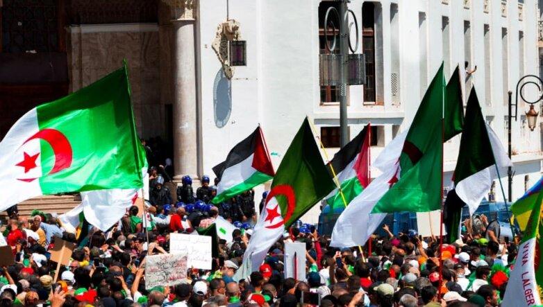 Алжир, демонстрация