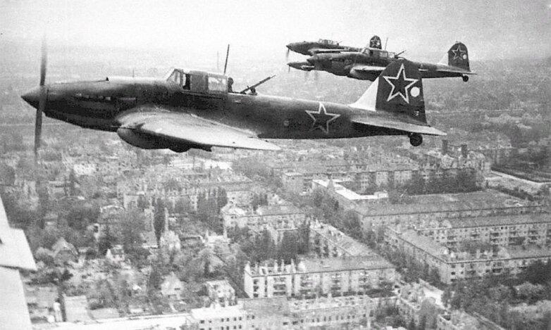 Советские самолеты-штурмовики Ил-2