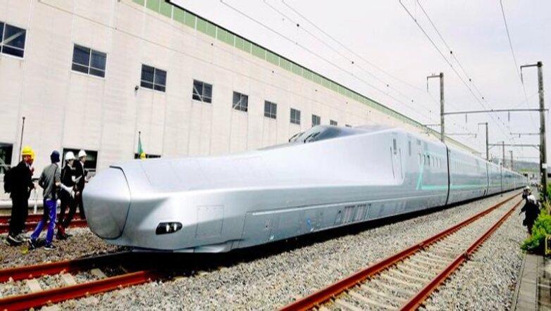 скоростной поезд Alfa-X