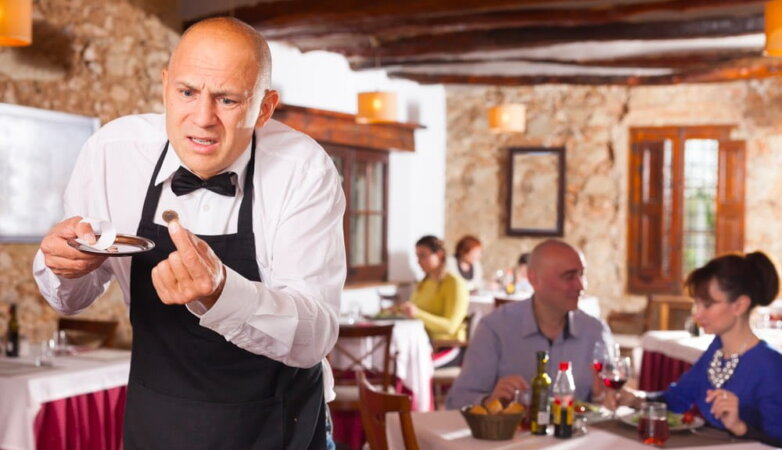 Ресторан чаевые официант
