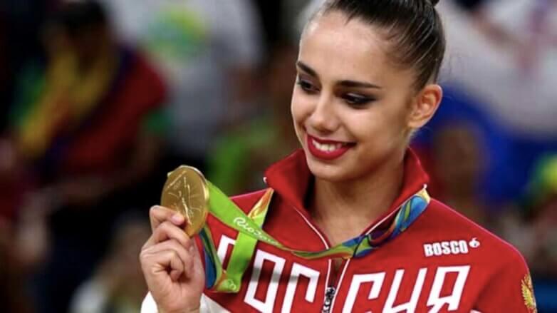 Алла Шишкина, олимпийская чемпионка по синхронному плаванию