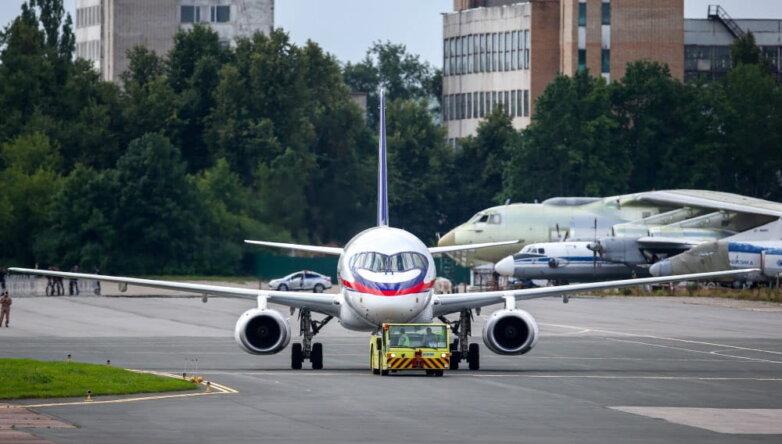 Самолет Sukhoi Superjet 100 (SSJ‑100)