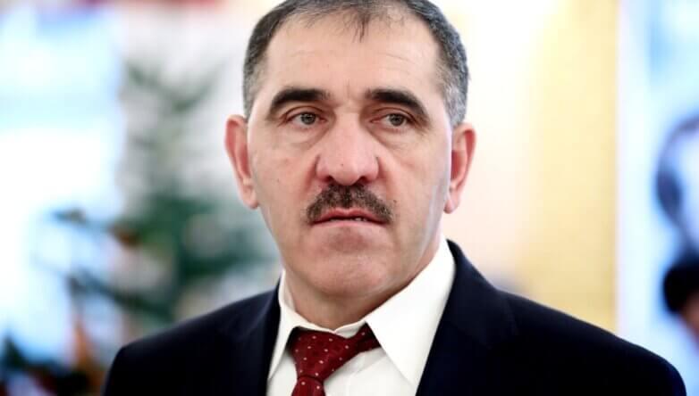 Юнус-Бек Евкуров