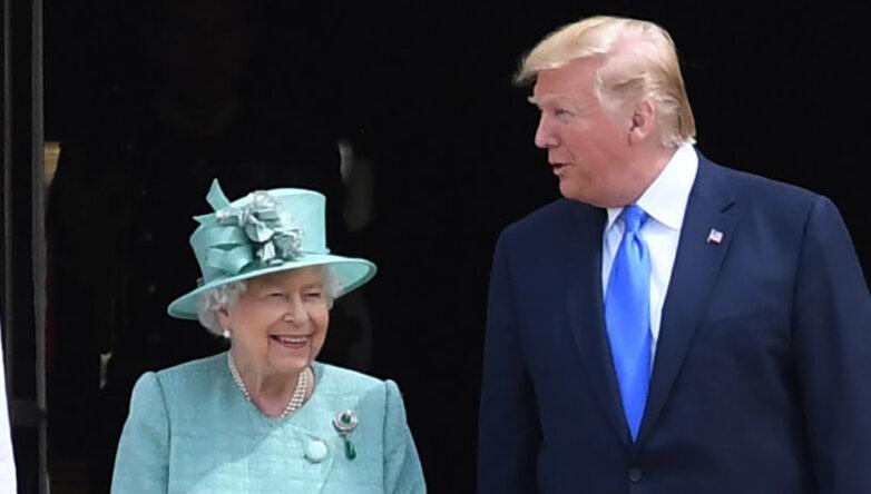 Елизавета II и Дональд Трамп