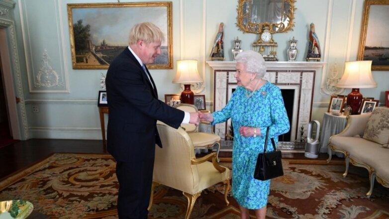 Борис Джонсон и Елизавета II