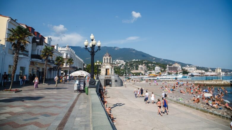 Ялта Крым пляж набережная туризм