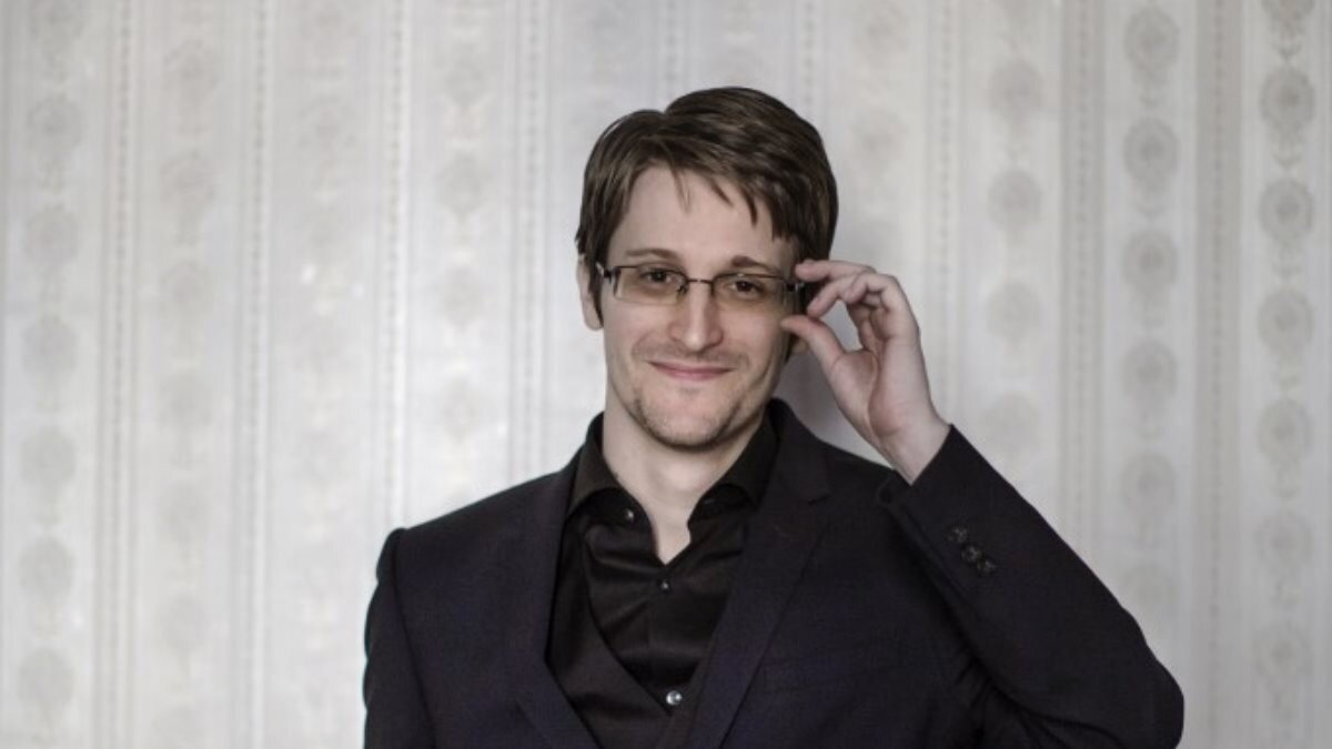 Экс-сотрудник американских спецслужб Эдвард Сноуден - Edward Snowden