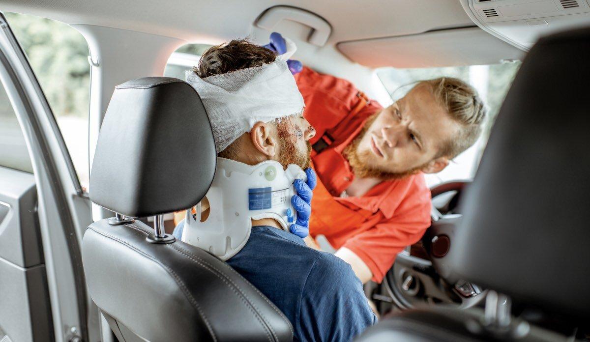 авария автомобиль ДТП выживание медпомощь врач