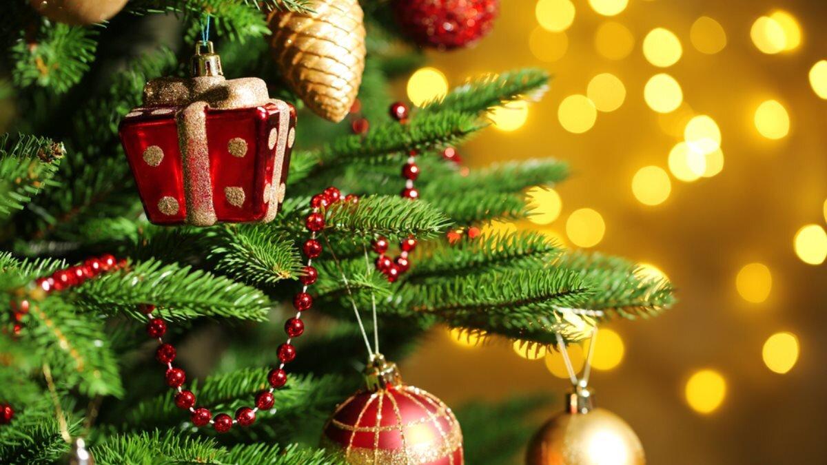 Новый год ёлка ёлочные игрушки два