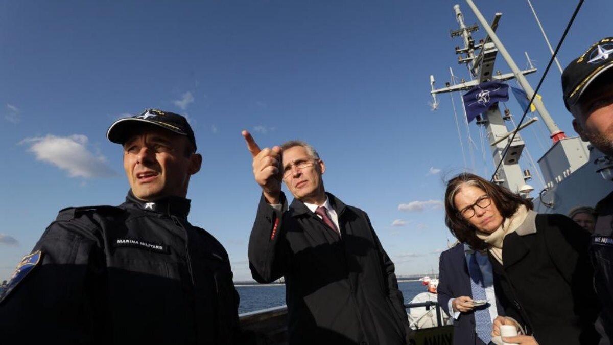Йенс Столтенберг на корабле Чёрное море