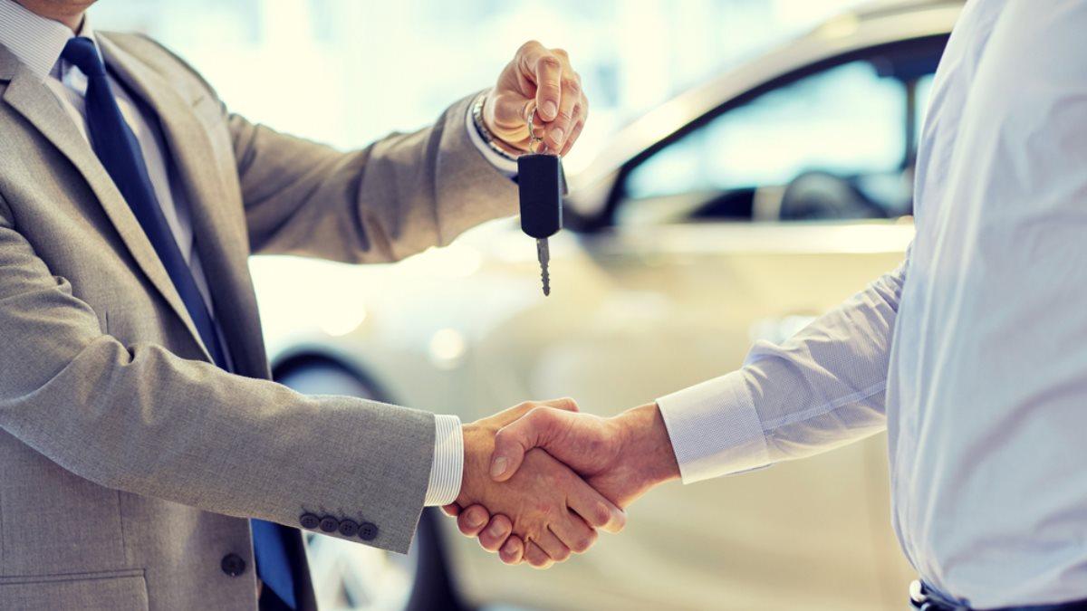 Покупка продажа автомобиля машины подержанный с пробегом