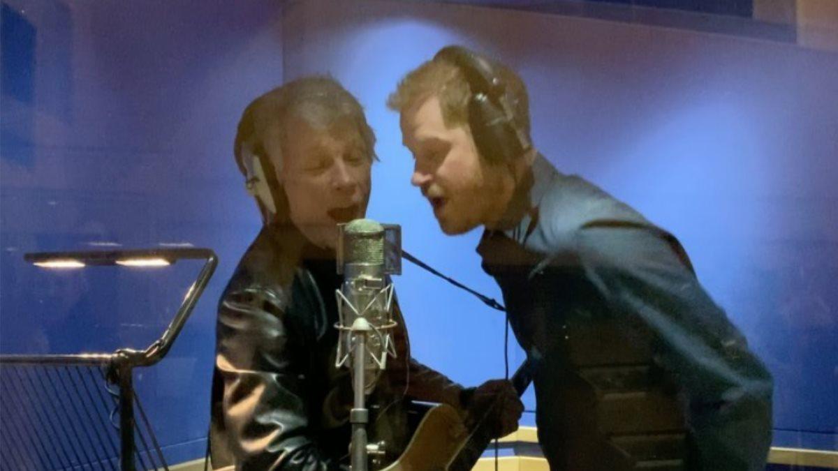 Джон Бон Джови и принц Гарри записали песню