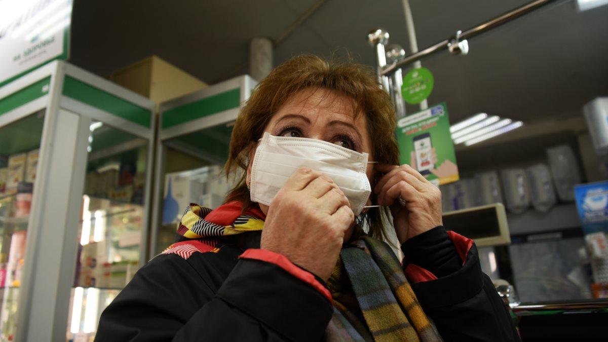Россия медицинская маска аптека коронавирус один