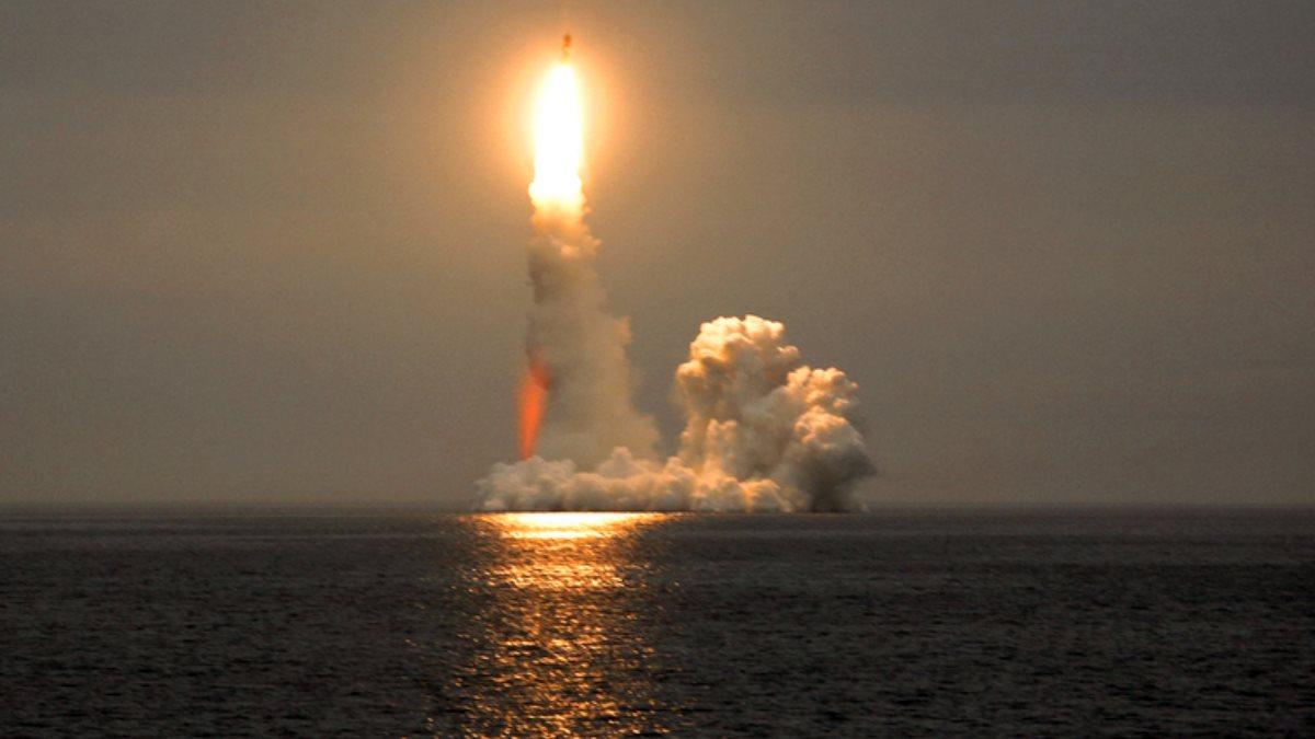 Запуск ракеты с корабля