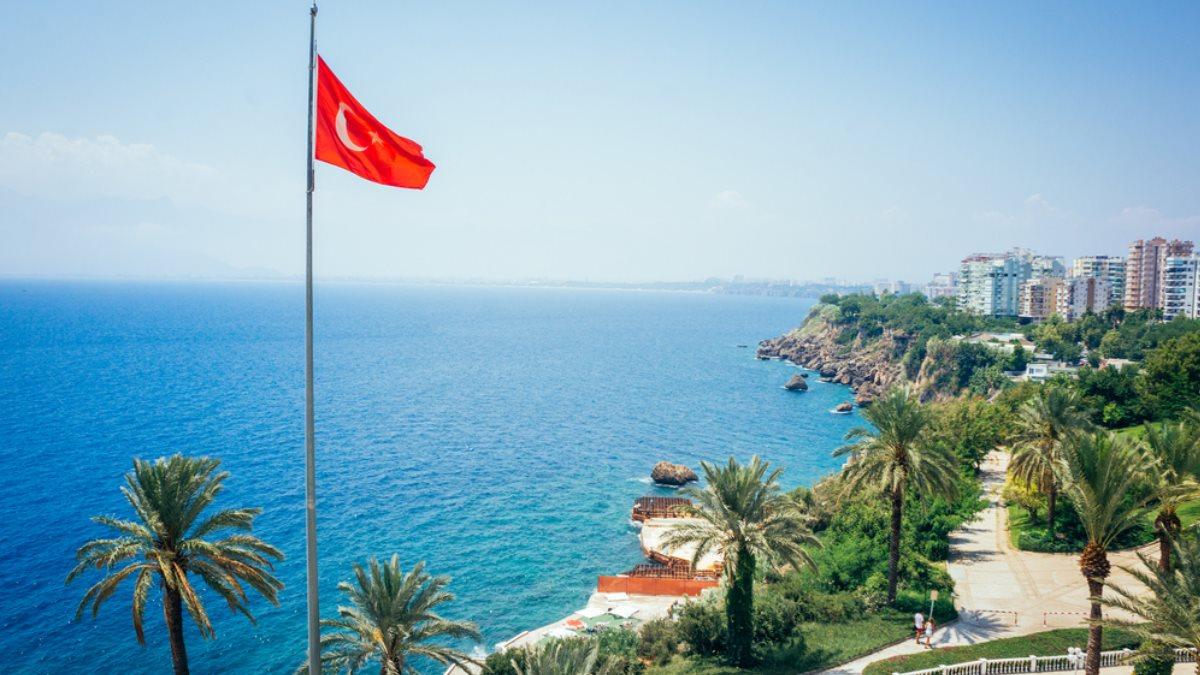 Анталья Турция курорт туризм флаг