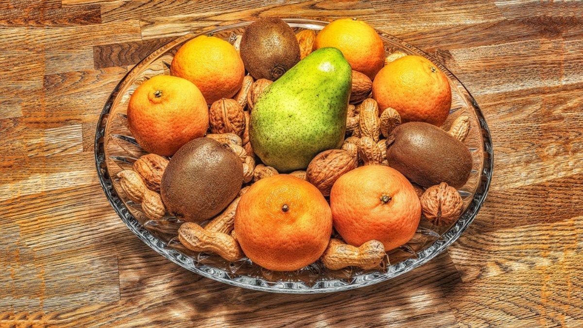 Фрукты орехи