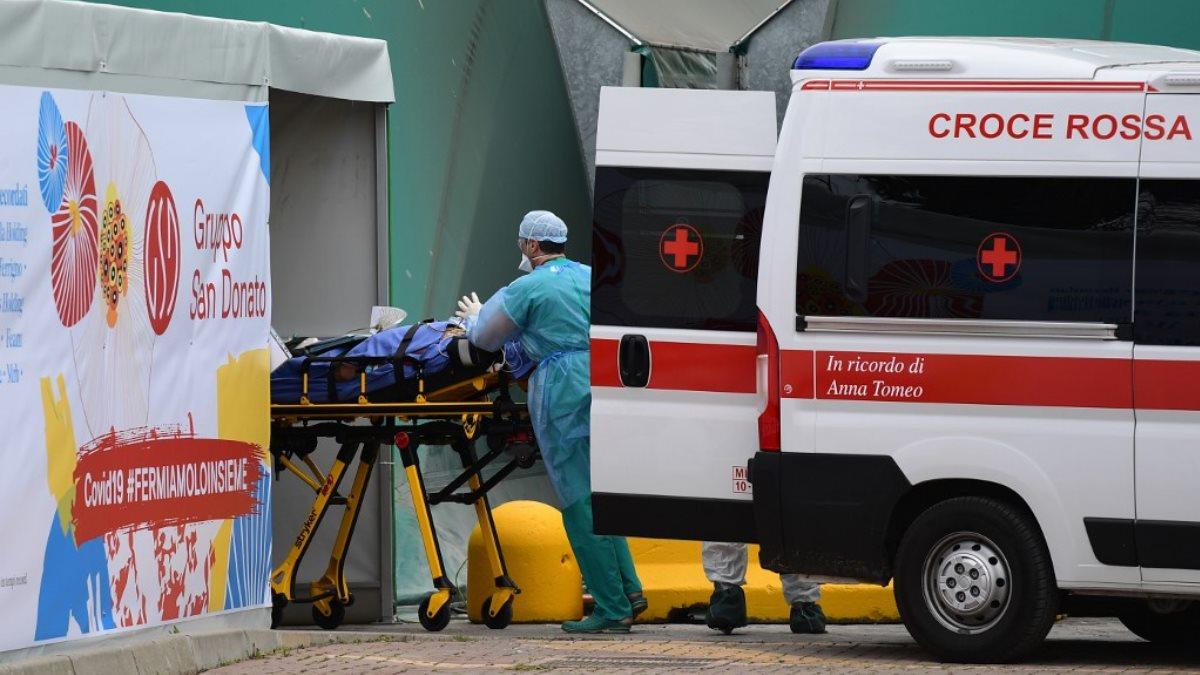 Италия скорая помощь коронавирус один