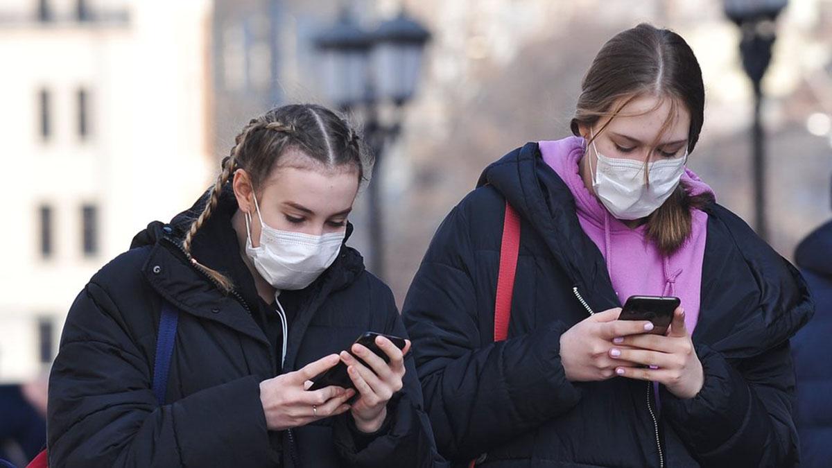 Коронавирус Маски Девушки в масках