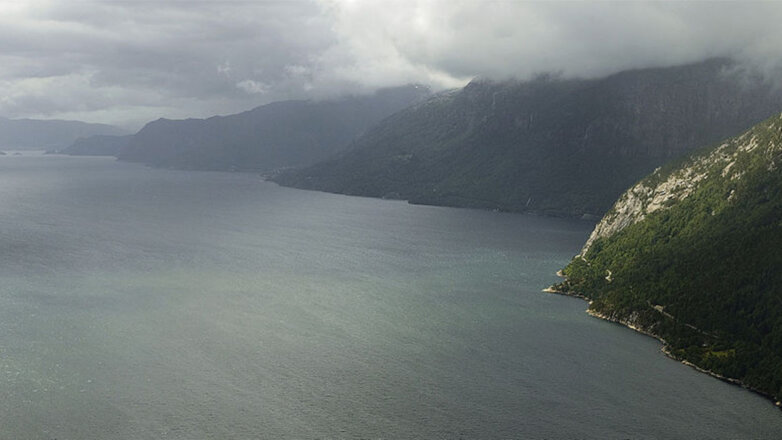 Фьорд Норвегия Скалы Море