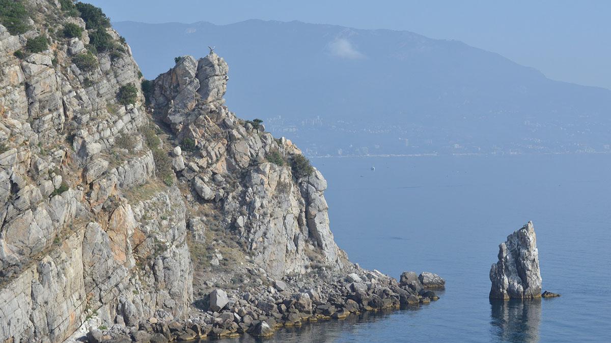 Крым Ялта Горы Скалы Море