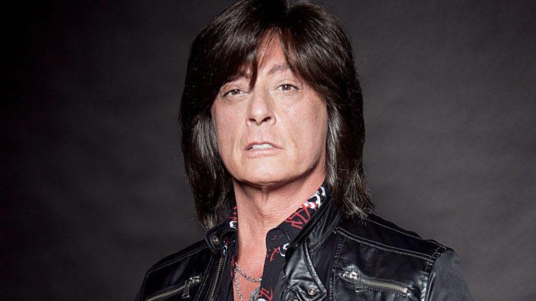 Бывший вокалист Deep Purple и Rainbow Джо Линн Тернер