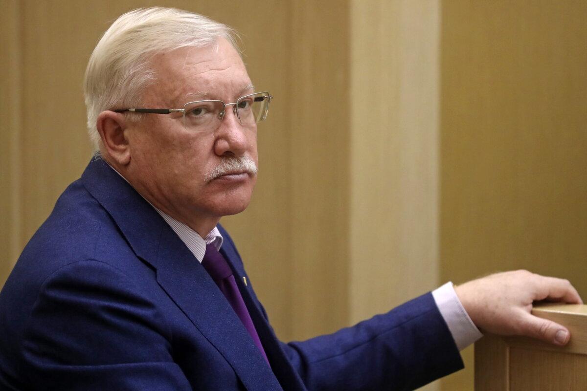Член комитета Совета Федерации РФ по международным делам Олег Морозов