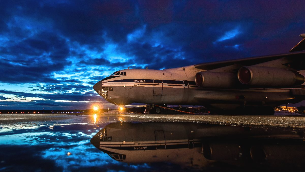 Тяжёлый транспортный самолёт Ил-76МД