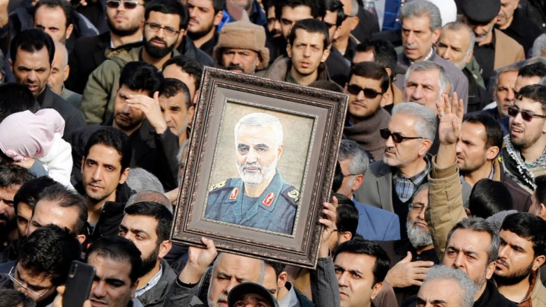 иранцы с портретом Сулеймани