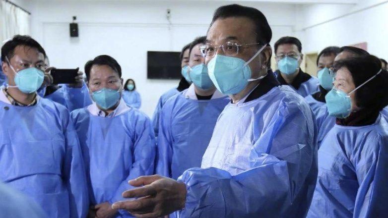 китайские врачи в масках